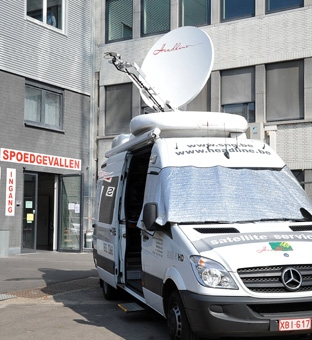 Headline SNG uplinking 2 TV channels towards the ESHRE 2009 Conference in Amsterdam