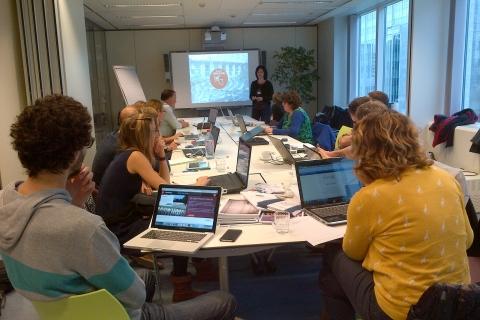 Leen De Bruyn from VIAA presents Testbeeld